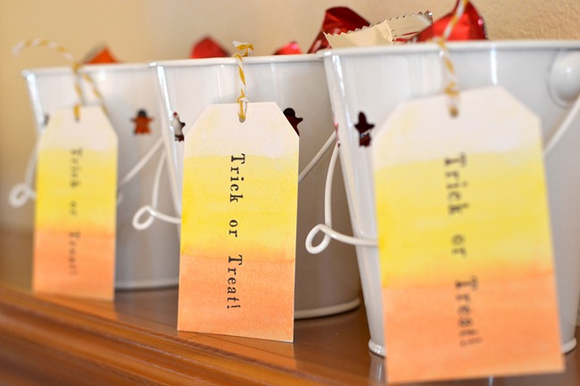 Halloween treat tags free printable rush and rest to download just click on the link below and print on heavy weight cardstock there are very faint guide lines around each tag if you look closely enjoy negle Gallery
